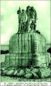 """monument d'origine   en hommage  à la """" Force Noire"""" à Reims"""