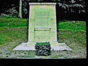 Stèle inaugurée eb 1919 en l'honneur de Kléber Dupuy et de ses soldats