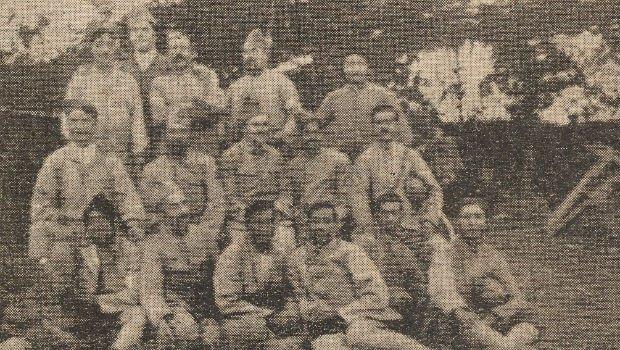 Volontaires du Bengale et soldats Français sur le champ de bataille