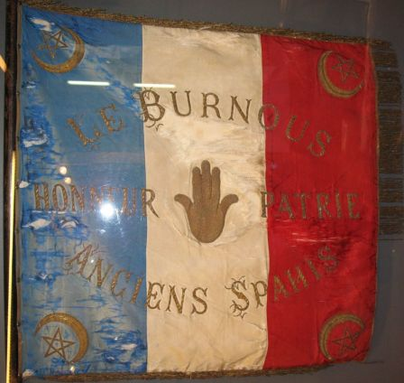 Drapeau Le Burnous