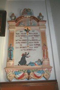MONUMENTS AUX MORTS DE L'ÉGLISE DE VALLICA