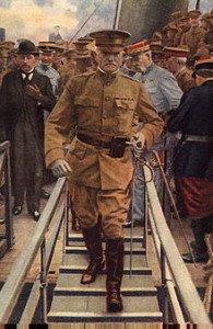 le général John Pershing lors de don arrivée à Boulogne-sur-Mer